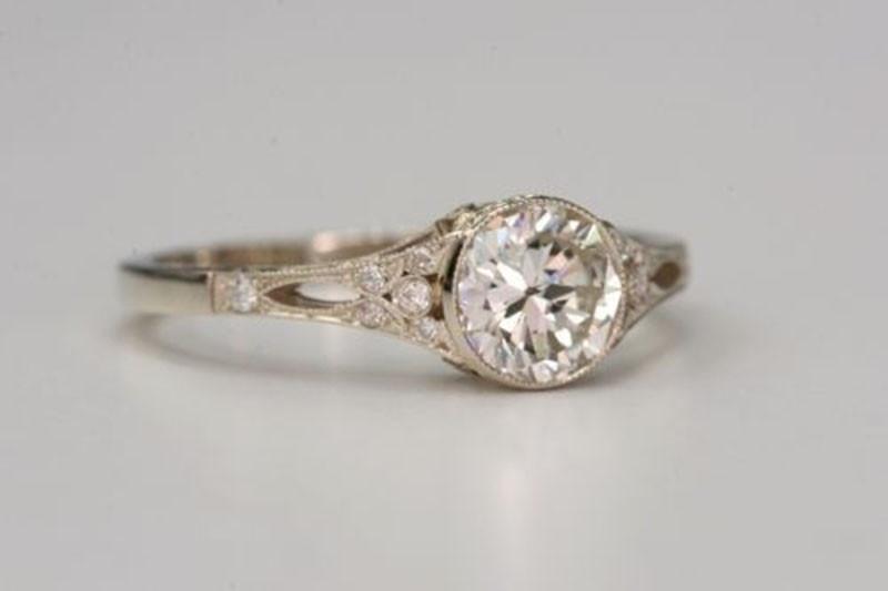 Detallerie_weddingplanners_anillocompromiso(5)