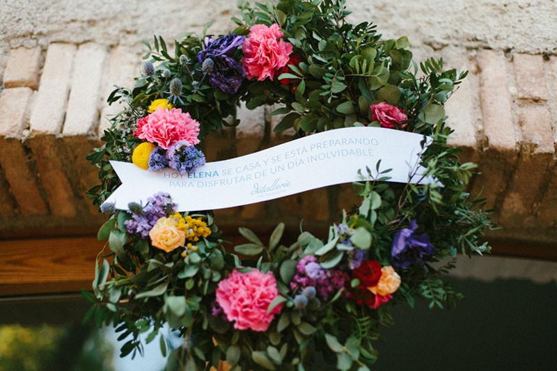 15_ Detallerie Wedding planners_ bride crown flowers_2