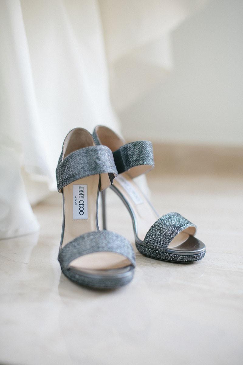 11.Detallerie_wedding_planner_heels_bride