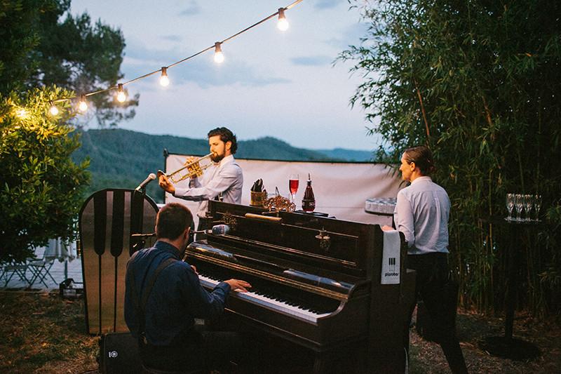 08_Detallerie_Wedding Planner_música-en-la-oficina