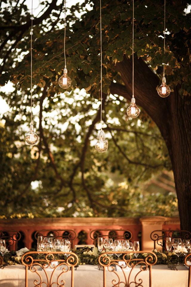 27_Detallerie_Wedding_castle_table scape_setting
