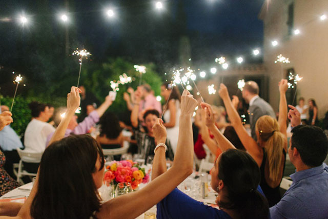 114_Detallerie_wedding planners_colorful wedding_sparklers
