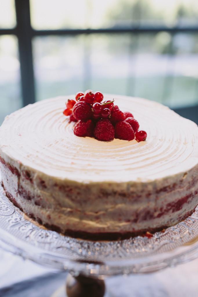 Velvet Romance La Centenaria | Raquel Benito-Red velvet cake