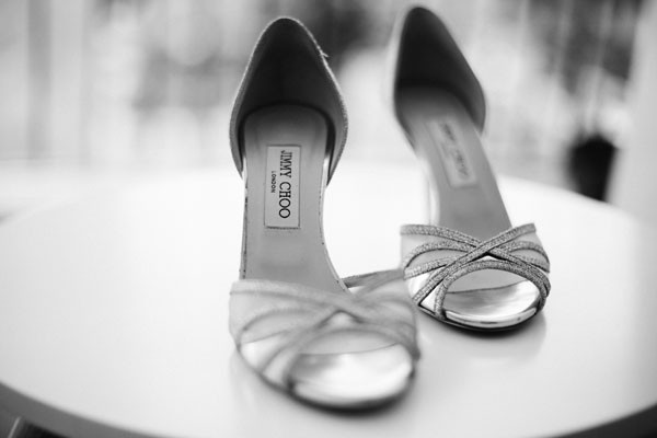15_detallerie_wedding-planner_destination-wedding_barcelona_boda-en-las-cavas_bridal-shoes-by-jimmy-choo
