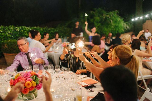 113_Detallerie_wedding planners_colorful wedding_sparklers