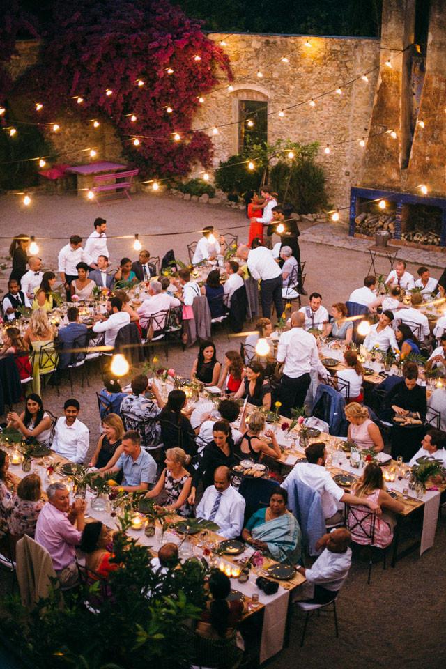 172_detallerie-wedding-planne_tropical_mediterranean_reception_decoration_string-lights