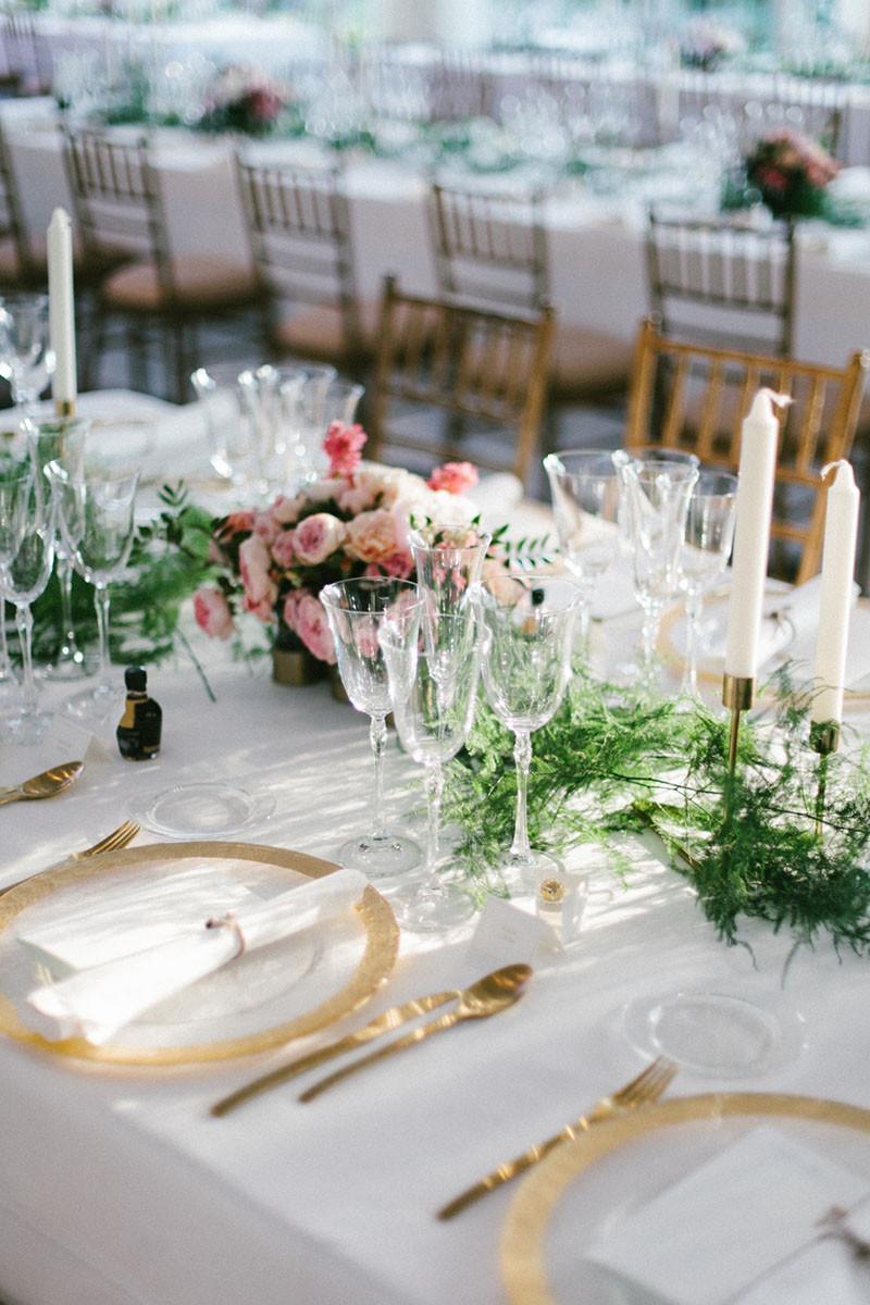 114.Detallerie_wedding_planner_gold_setting