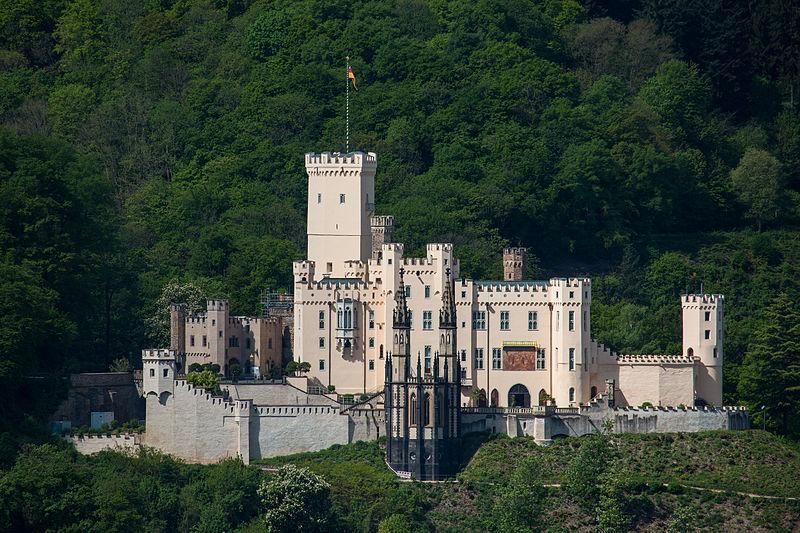 قلعة شتولسنفيلس