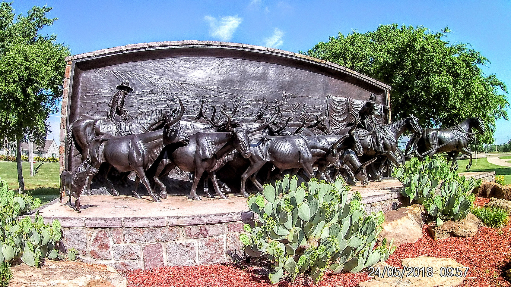 Chisholm Trail memorial