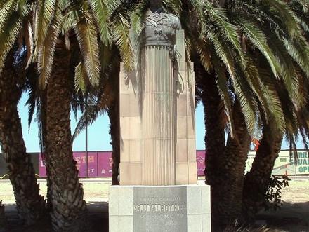 Sir Talbot Hobbs Memorial