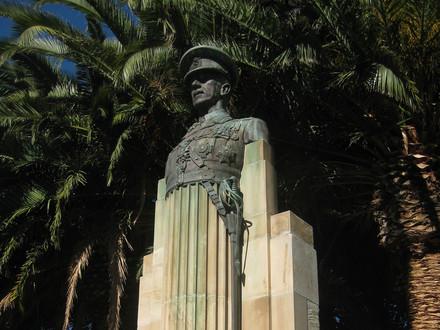 Sir Talbot Hobbs Memorial A.T. Brine & Sons