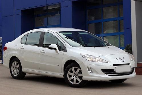 «Peugeot 408» белый