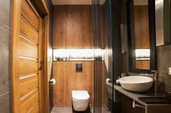 łazienka w drewnie.jpg