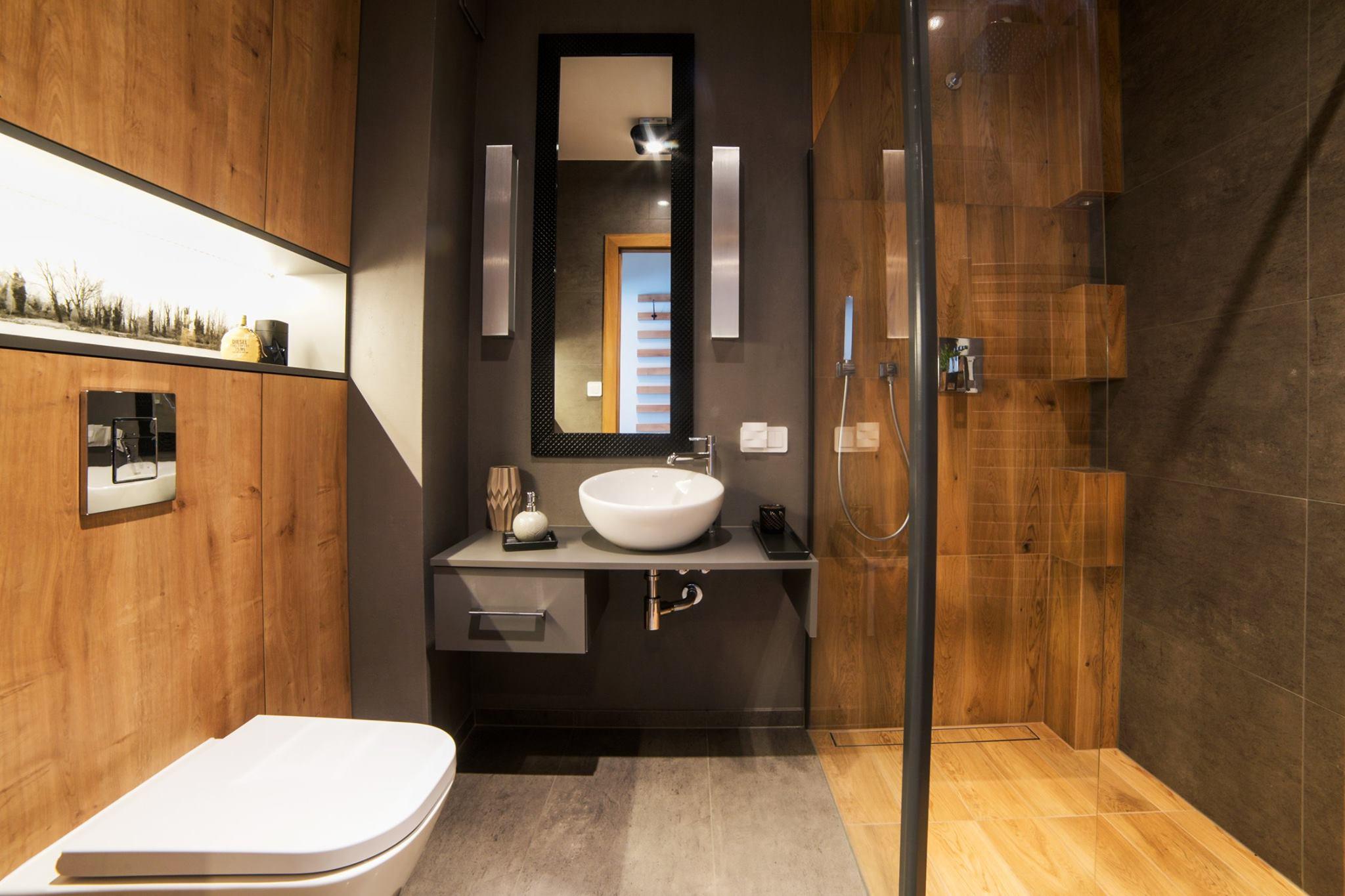 łazienka z prysznicem.jpg