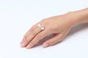 Anel de Pedrinhas – R$160,00 | Preços variam de acordo com a pedra