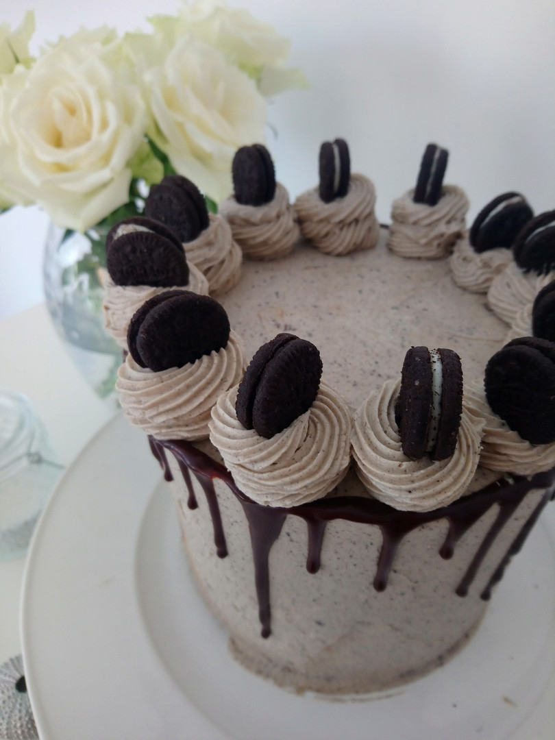 Dark chocolate and Oreo Layer