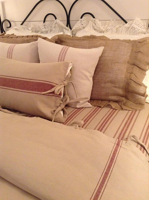 French Laundry Duvet Cover - Barn Red & Oatmeal - Tie Closure