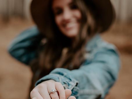 Engagement Photo Wardrobe Ideas & Preparing