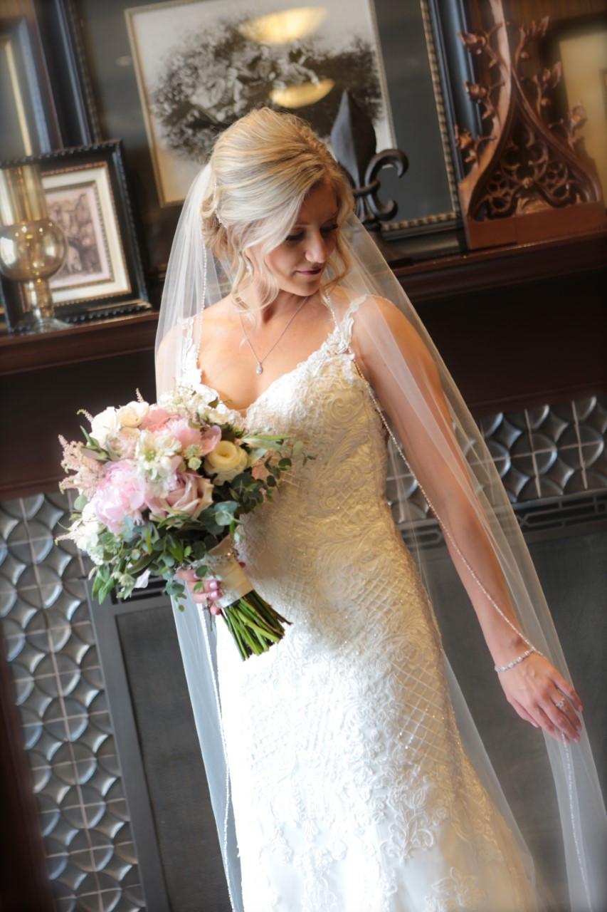 Bride, Dubuque, Hotel, Wedding,