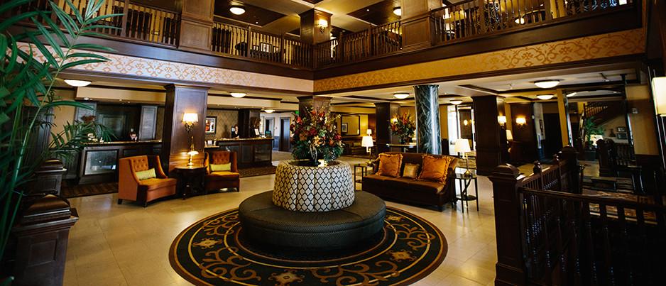 Hotel Julien, Dubuque, IA, Photograph, Wedding, Venue