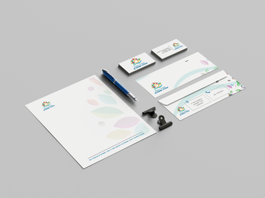 Us_Business_Card_Mockup_1.png