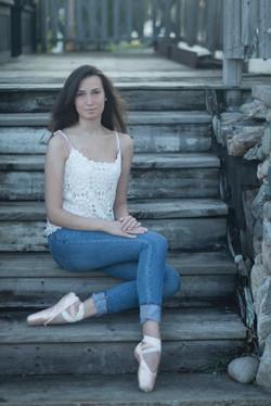 Senior Photo- Aubrey Jewel Arts