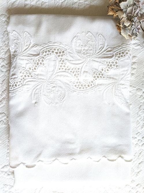 Garnet Hill Standard White Pillowcase Embroidered Trim