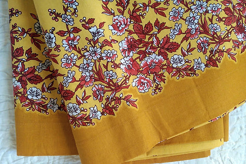 French Country Noble Excellence Large Tablecloth