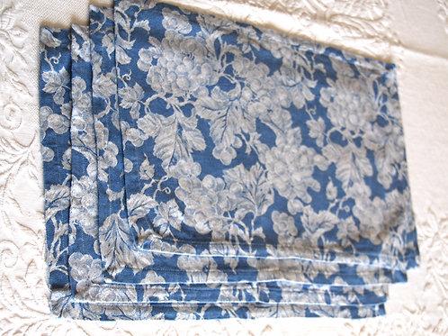 Williams Sonoma Placemats~Cotton~Blue Damask
