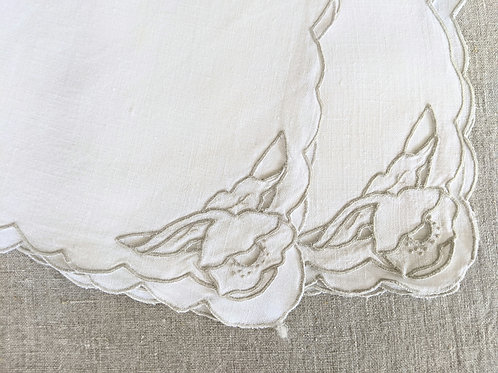 "Napkin Pair Linen Tan Floral Embroidery 15"" Vintage"