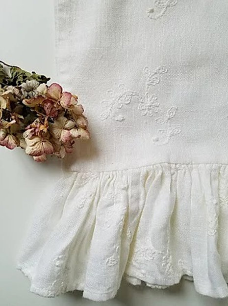 Custom Ruffled Linen Std. Pillow Case Embroidered