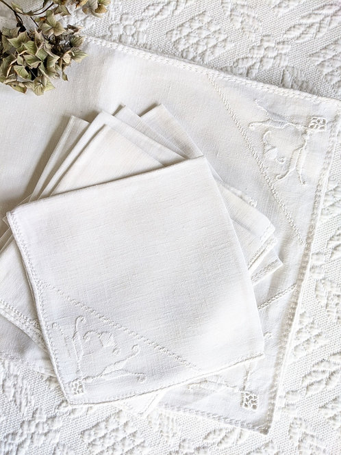 Placemats and Napkins Cream Embroidery Set of 6 Vintage