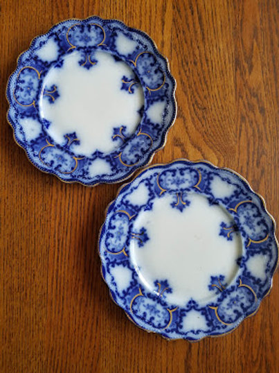 Allertons Blue Willow Floral Gold Plate Pair