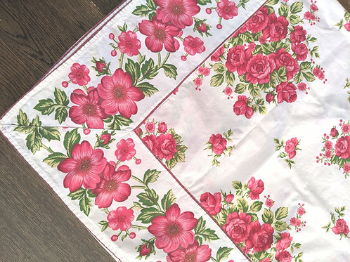 "April Cornell Breakfast Table Cloth Red Floral New 50"" Square"