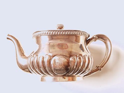 U.S. Navy Captain's Silverplate Teapot Crest 0775