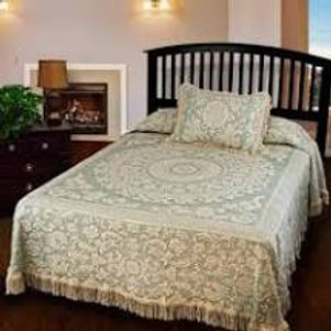 Bates Queen Elizabeth Full Bedspread White Green Cotton