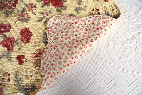 Quilted Floral Shams ~Scalloped Edges~Yellow Red Green
