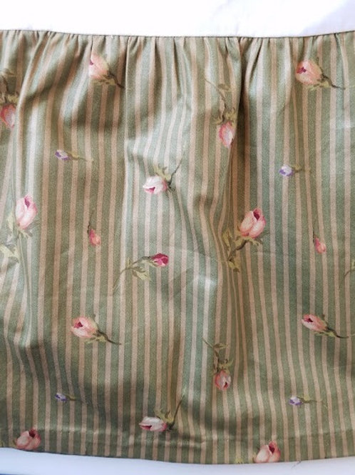 "Cottage Floral King Bed Skirt Green Cotton Custom 15"" Deep"