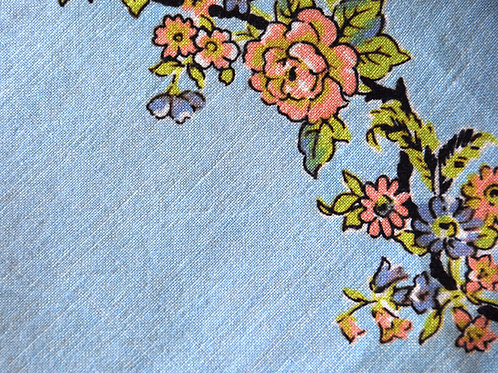 "Vintage Floral Tablecloth~Linen~48"" x 46"""