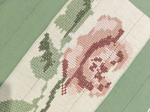 Simply Shabby Chic Green Pink Cross Stitch Roses Blanket Throw