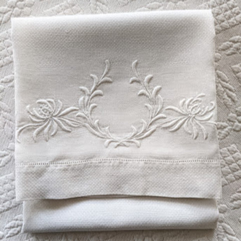 Vintage Over sized Damask Pillowcase Floral Embroidery White Pansies