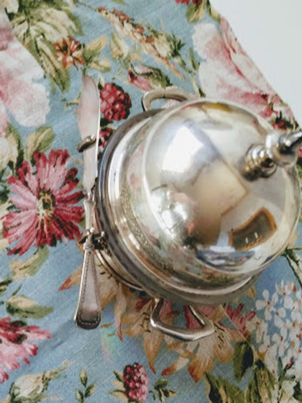 Reed and Barton 1590~Silver Plate~Domed Butter Dish