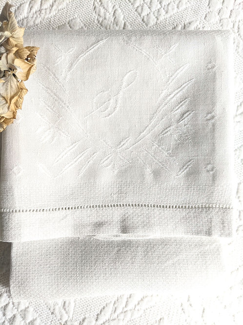 "Linen Towel ""S"" Monogram Embroidery White"