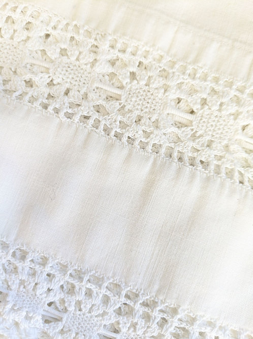 Crochet Trim White Standard Pillowcase Vintage