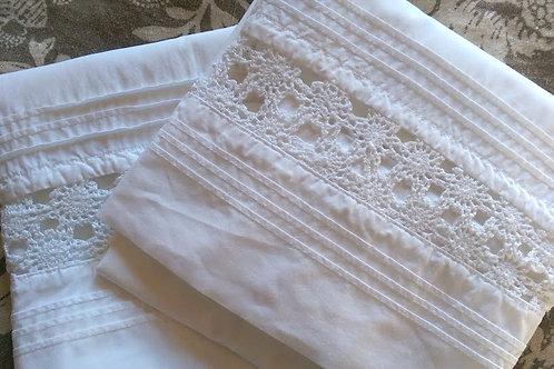 LL Bean White Std. Pillowcase Pair