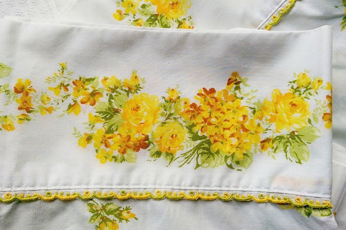 Vintage Full Flat Sheet Two Cases Percale Yellow Roses