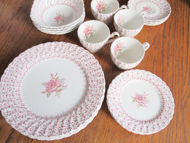Johnson Bros. Rose Bouquet.  Vintage set for four  4 dinner plates, 4 salad plates, 4 bowls, 4 saucers and cups.  In very good condition.  One dinner plate has a small chip on the rim.  Johnson Bros. Rose Bouquet~Set for 4
