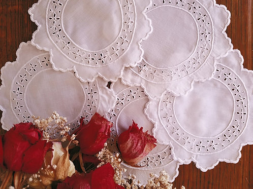 "Doily Set White Embroidered Five 6"" Rounds"