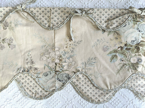 Waverly Valance Scalloped Floral Ties Reversible Tan Blue