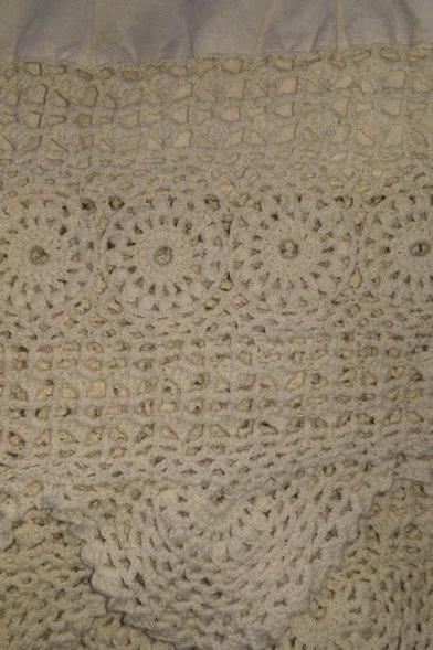 "Cream Cotton Bed Skirt~Queen~Crochet Border~14"" Drop"